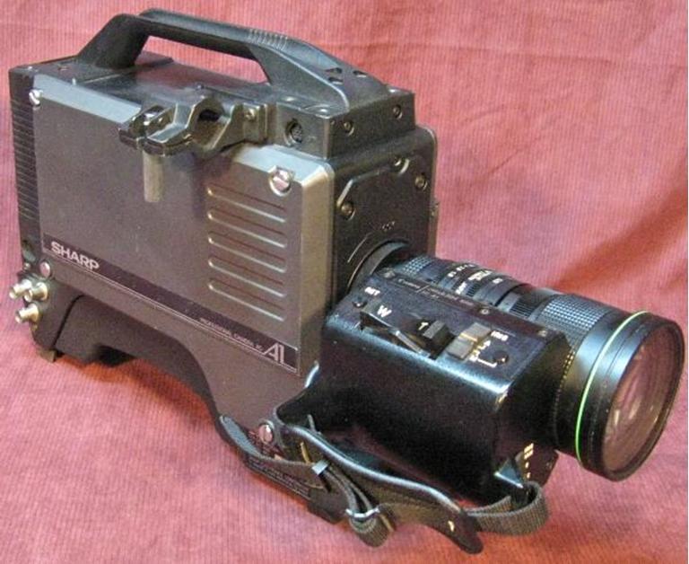 Afbeelding van Sharp XC-A1 3 Tube Camera w Canon J15x9.5